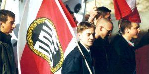 Peter Pichl auf einer NPD-THS-Demo am 12.02.2000 in Gera