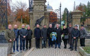 Peter Pichl im Kreise der AfD beim Volkstrauertag am 19.11.17 in Gera.